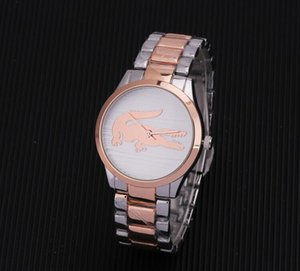 다이아몬드 데이 데이트 디자이너는 고품질 쿼츠 시계가있는 새로운 럭셔리 패션 브랜드를 찾는 남성과 여성입니다.