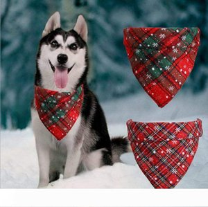 Dog Bandana Christmas Buffalo Plaid Snowflake Pet Scarf Triangle Bibs Kerchief Pet Costume Accessories for Small Medium Large Dogs Cats Pet