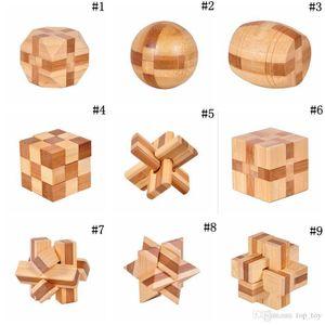 In legno ad incastro Burr Puzzle Game Toy IQ Rompicapo Kong Ming blocco 3D per adulti bambini OOA3961