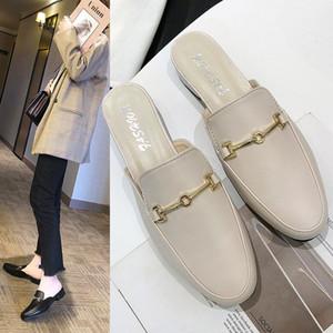 les nouvelles pantoufles talon carré pantoufles demi extérieur femmes tête ronde chaussures mueller chaussures pour femmes en gros Baotou de
