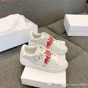 Ladies Classic Color striped metal rivet sport shoes Low top lace-up flat casual board shoes Fashion white sneakers,Matching Packing