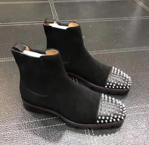 Botas tapa de la manera hombres de lujo botas inferior rojo Diseño de los hombres bajos del tobillo del ante de los talones del cuero genuino con remaches Melón Spikes plano corto Knight r8