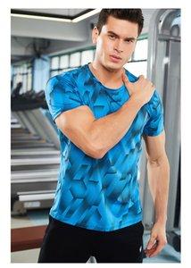 طبع 3D الصيف Mens Sport Slim Shirts عارضة مريحة تشغيل Tees Mens مصمم تسلق Tshants قصيرة الكم
