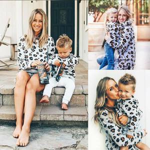 Семья Толстовки Мода Новые Matching Одежда Mother Daughter Leopard длинным рукавом Толстовка Tops