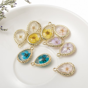 Handmade multicolor dry flower glass pendant necklace vintage high-grade dried flower necklace for women jewelry Gift