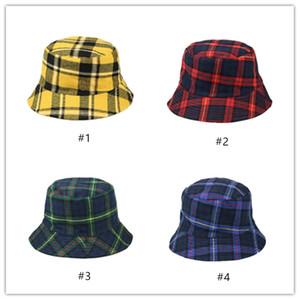 Neue Art und Weise Plaid Schf.Inh Baumwolle Frühjahr Herbst Fischer-Hut für Männer Frauen doppelseitig tragbare Flat-Top-Kappe 4 Farben Stingy Brim HatA07