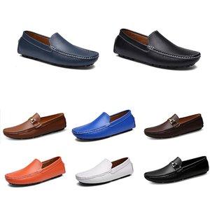 2020 novos homens sapatos casuais Alpercatas castanho escuro respiração amarelo vermelho redondo Bowtie Fur sapatilha triplo colo45 curta beleza transporte