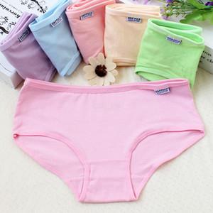 Femmes solides culottes Lady coton Sous-vêtements filles respirants sans coutures mi taille Briefs femmes Mignon Lingerie Lingerie Sexy LJJA2521-1