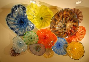 معرض فندق ديكور Chihuly Murano Glass Wall Plates تصميم فن خاص حجم اللون تخصيص أضواء الجدار