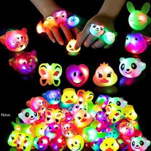 LED suave Glue flash Expressão dedo anelar Luminous crianças anel de desenhos animados Luz Led flash Anel do aniversário do partido RRA2785 Favor