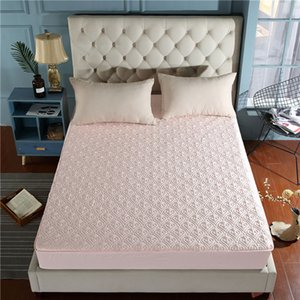 Beautiful jacquard mothproof waterproof high quality mattress cover breathable mattress protector available all year round