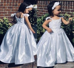 Cute Flower Girls Dresses With Spaghetti Strap Lace Appliques Kids Pageant Dresses Floor Length Pleat Skirt Kid's Party Communion Dresses