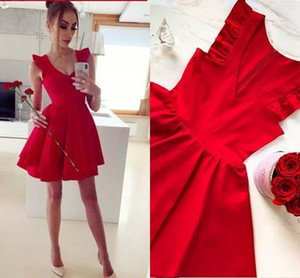 Lovely Cheap Cocktail Party Dresses 2019 Boho Cap Sleeve V-neck Ruched Graduation Dress Short Prom Dresses Cheap Homecoming Dresses