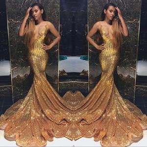 Gold Sparkling Paillettes Mermaid Prom Dresses Lungo profondo scollo a V in rilievo Pietre perline Backless Sweep Train Party Abiti da sera Robes de Soiree
