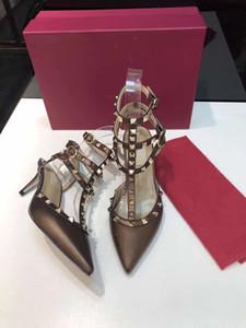 Designershoes mode sexy livraison gratuite de Pointu Toe3- -Strap avec des talons Studsheniueleather rivets en cuir verni sandales femmes clouté