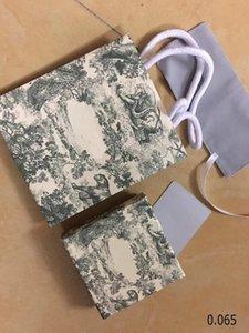 I monili nuovo stile D Lettera del braccialetto della collana orecchini anello box set borsa di polvere Gift Bag (Match le vendite dei negozi articoli, non ha venduto individuale)