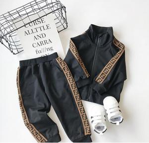 Новый дизайнер бренда ребенок случайно спортивной детей мальчиков и девочек хлопка молнии куртки брюки 2 шт / комплект детский спортивный костюм 2Т - 8Т