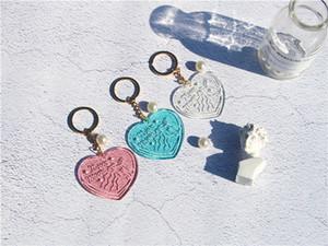 تخصيص نقش مفتاح سلسلة الاكريليك القلب واضح مضيء المفاتيح خلات الكرتون نيون القمر كيرينغ هدايا دعائية حساسة