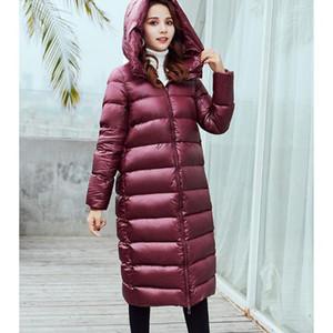 Mujeres Abajo cubren Diseñador Parkas Moda color sólido gruesa abajo para mujer brillantes con capucha largo abajo Parkas Marca chaqueta larga de muchachas al por mayor