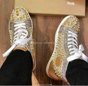 Diseñador superior Parte inferior del pie roja Pik pinchos Pisos de lujo amantes de la fiesta de las mujeres para hombre de la moda del cuero genuino de los zapatos ocasionales tachonados oro rojo al por mayor