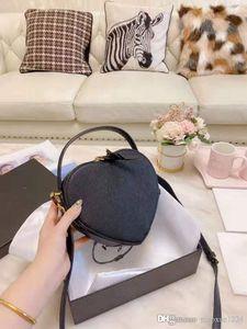 Latest designer bag love shape women's single shoulder bag slant span fashion bag