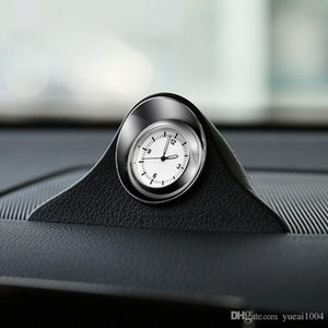 Quartz voiture Luminous voiture Styling Horloge Auto Intérieur Horloge automobile Creative numérique Pointeur Montres Ornement Décoration (6.3)