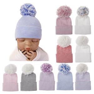 10 Styles Double Épaississants Nouveau-né rayé chapeaux pour l'hiver Coton chaud Crochet Cap infantile fourrure Beanies balle Hat bébé en tricot Casquettes M756