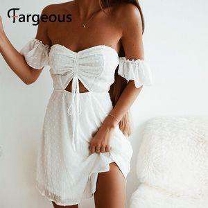 Fargeous Женская Мода Сексуальная С Плеча Белое Короткое Платье Лето 2020 Выдалбливают Шнурок Высокая Талия Мини Платье Партии Vestido