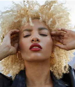 Blonde Virgin humain Afro Puff Curly Hair Ponytail Hairpieces Updos African American Short Kinky Curly Wrap Bun Drawstring for Women Clips