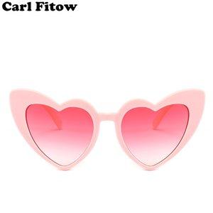 Corazón Gafas de sol Mujeres diseñador de la marca Cat Eye Gafas de sol Retro Love Heart Shaped Glasses Ladies Shopping Sunglass UV400 C18122501