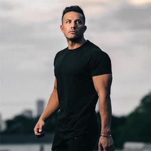 Tshirts Erkek Tasarımcı T Gömlek Moda Katı Gym Spor Kısa Kollu Casual Koşu Spor Yaz Tops