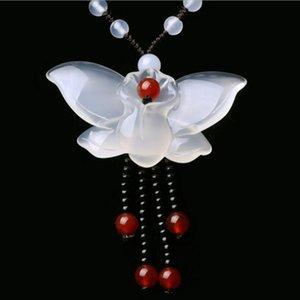 Doğrudan Doğal Beyaz Kalsedon Triko Kolye Kelebek Pendant Akik Jade Kolye