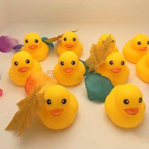 50шт Симпатичные дети Вода игрушки ванны резиновый гонки Squeaky Big Yellow Duck Дети купания Игрушки для младенцев Девочки Мальчики День рождения Подарки B43