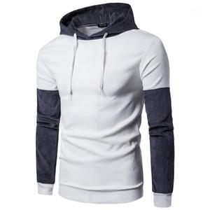 Corte Maglia maschio parti superiori di modo Mens Panelled colore contratto con cappuccio Designer Homme Cappello Collare rughe lungo