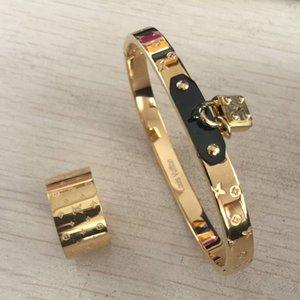Vente Hot top Nouveau acier inoxydable 316L marque de mode Bijoux fixe anneaux Amour et bracelets de Bracelets en cuir pour femmes bijoux / hommes