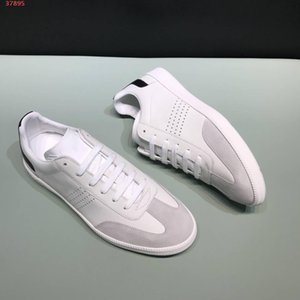 new black latest design for rivets delicate generous casual men shoes Designer Shoes Best Quality Fashion Shoes with the packing hot sale