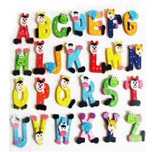 lettera Frigo magneti dei capretti dei bambini di legno 26 Lettera Alfabeto del fumetto Istruzione Learning Giocattoli bricolage Casa Decorazioni Articoli da regalo