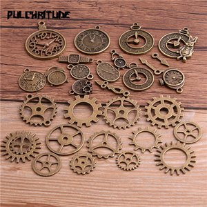 PULCHRITUDE Random 20pcs Vintage Metal Steampunk Charms Diy Accessories Clock & Gear Pendant Charms for Jewelry Making T6436