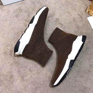 Luxury Designer CasualShoes Speed Black Red Mr Porter Triple Black Flat Fashion Brand Socks Boots Sneaker Speed shoe model r12