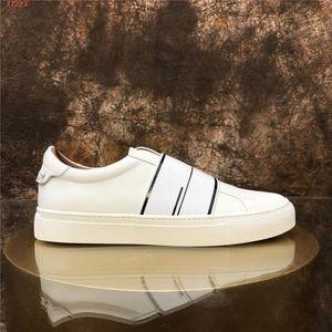 Hommes et femmes classiques chaussures de sport Casual. 2020 collection Chaussures de sport Chaussures de course en cuir multiples Options de couleur