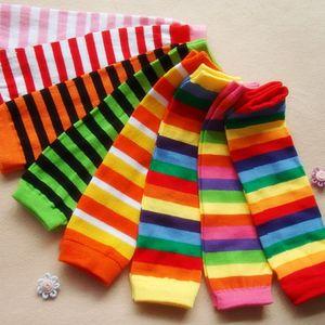 Regenbogen-Streifen-Bein-Wärmer für Baby und Kleinkind Bunte Baby-Gamaschen Kniestrümpfe Stripes Infants Beinwärmer M1535