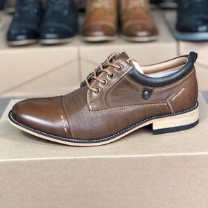 kutu ile klasik tarzda Düğün İş ayakkabısı Oxfords Elbise Ayakkabı yukarı Erkek Düz ayak dantel Lüks Deri Elbise Ayakkabı