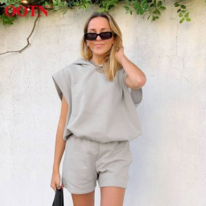 OOTN Gray Hoodies And Shorts Suit 2 Piece Set Women Summer Sleeveless Pullover Leisure Casual Sweatshirts Tops Two Piece Set T200701