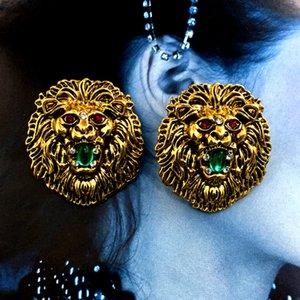 Vintage Lion Head Stud Earring con Crystal Fashion Pendiente de diseño moderno para la fiesta de regalo Retro Metal pendiente de alta calidad
