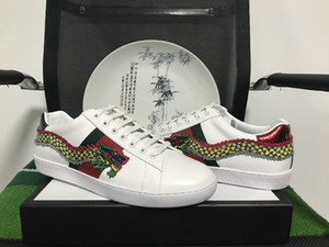 Nova Moda de Luxo Verde Listras Vermelhas Designer Original ACE Clássico Bordado Dragão Confortável Respirável Homens E Mulheres Sapatos Casuais