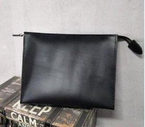 Men's Travel Toiletry Pouch Protection Makeup Clutch Women Genuine Leather Waterproof Cosmetic Bags