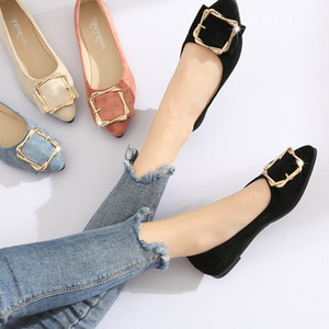 Autumn 2018 new black single shoes pointed flat low heel shoes shallow mouth ladies shoes