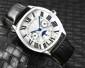 Luxo Mens relógios Designer relógios multifunções Movimento Quartz Relógio de pulso de couro Strap Mens Relógios Atacado montre de luxe