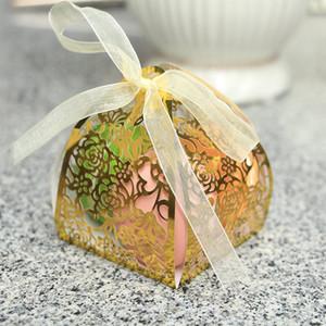6 * 6cm Rosa Fiore Hollow Laser Cut caramella di cerimonia nuziale Cupcake festa di nozze caramella di favore Scatole Carta regalo Box pieghevole 7color