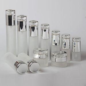 زجاجة 20ML فارغة صغيرة سعة صغيرة مصل، والزجاج زجاجة جولة مع محلول أو ضباب رئيس مضخة رش للبيع